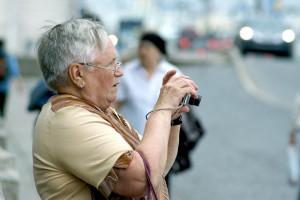 Help seniors to become more tech-savvy